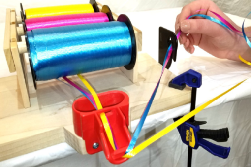 Image of EZ Tie™ Balloon Tying Station Ribbon Cutter
